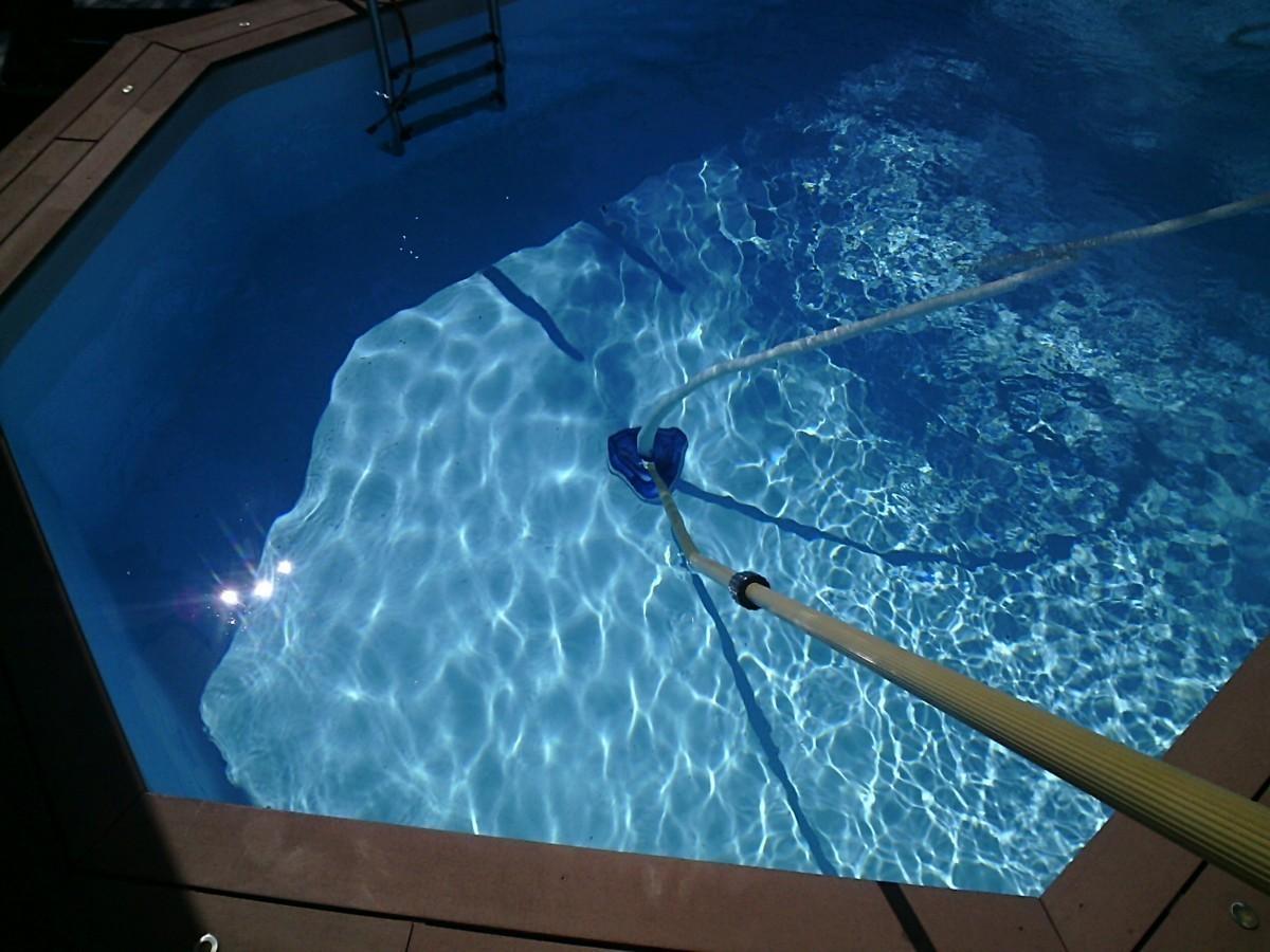 Entretien piscine moj 39 eau piscines for Entretien eau piscine